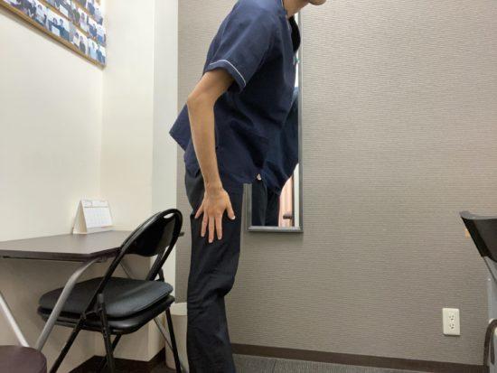 頚椎症を治すストレッチ手首5