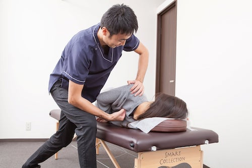 肩甲骨の矯正